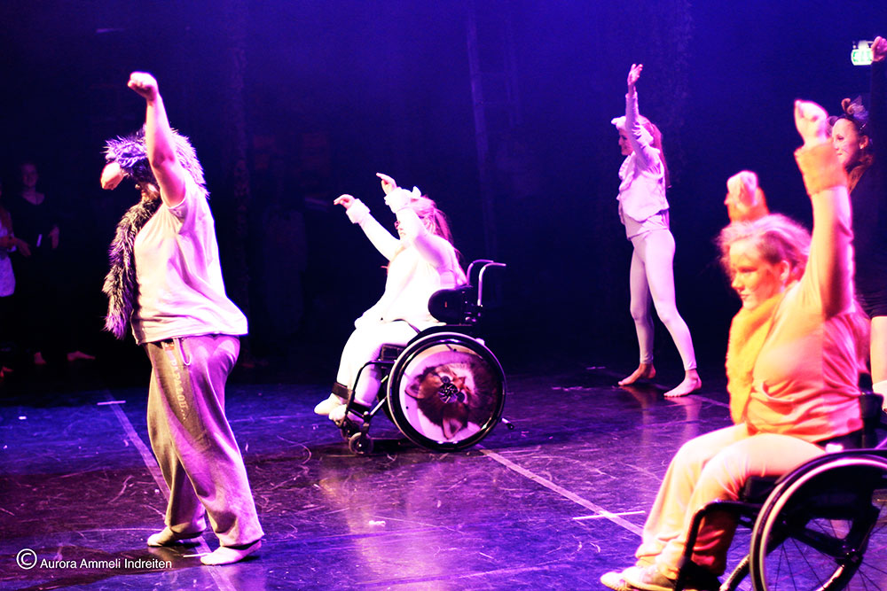 Dansere på scene