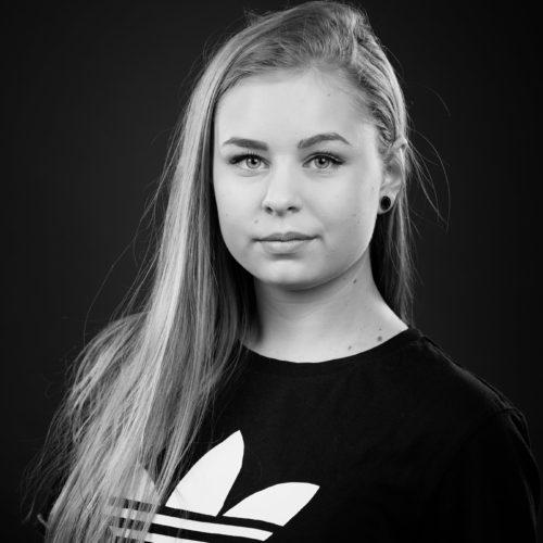 Ina Hoksrød (IH)