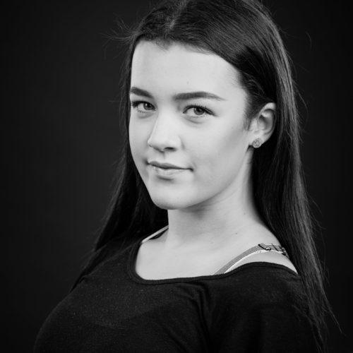 Rebekka Flaarønning (RF)